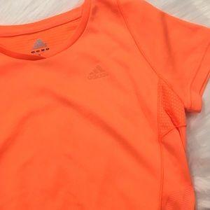 Adidas Tee✨